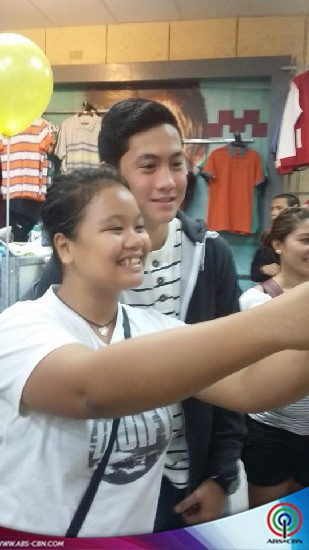 PHOTOS: Axel and Jayme visit Kapamilya fans in Davao