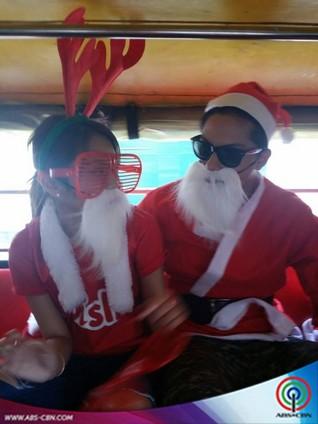 Slater, Kathryn and Daniel, nag-disguise at nag-carolling sa bahay-bahay!